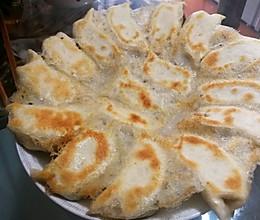 冰花锅贴(西葫芦鸡蛋馅)的做法