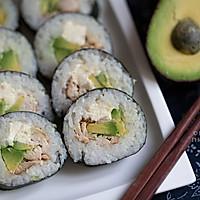 美味营养【照烧鸡牛油果奶油奶酪寿司卷】 附:包完美寿司卷手法