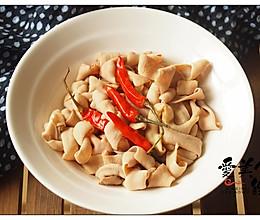 #花10分钟,做一道菜!#酱油水煮鸭肠的做法