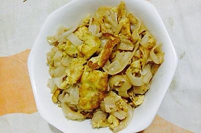 鸡蛋炒河粉