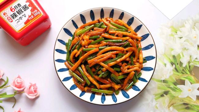 #一勺葱伴侣,成就招牌美味#辣酱炒鱿鱼的做法