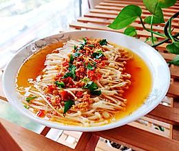 简单快手的下饭神菜蒜蓉金针菇(经典吃法)的做法
