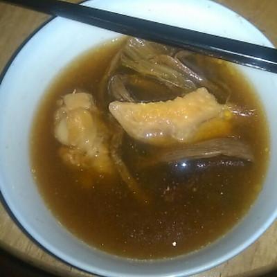 电饭锅茶菇鸡汤