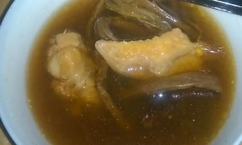 电饭锅茶菇鸡汤的做法