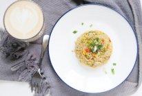10分钟快手早餐 | 杂蔬酱油蛋炒饭的做法