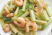 #太太乐鲜鸡汁玩转健康快手菜#芹菜炒虾仁的做法