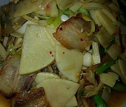 腊肉炒冬笋的做法