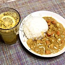 秘制咖喱鸡肉饭