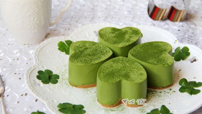 四叶草抹茶慕斯蛋糕