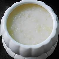 润肤美白--雪耳椰汁牛奶羹的做法图解7