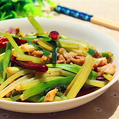 蒜苗芹菜炒肉