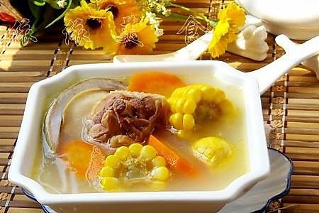 老母鸡鲍鱼玉米汤----亚运美食的做法