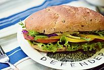十分钟快手早餐——蔬菜培根三明治的做法