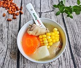 快手玉米胡萝卜山药鸡肉汤