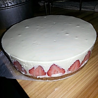 榴莲草莓芝士慕斯蛋糕的做法图解6