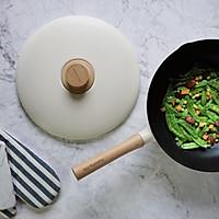 腊肠炒荷兰豆的做法图解7