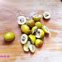 南北杏橄榄猪肺汤的做法图解3