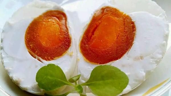 李孃孃爱厨房之一一自制咸鸭蛋的做法