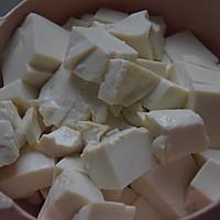 虾仁豆腐羹的做法图解2