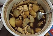芋艿土豆烧牛脊髓的做法