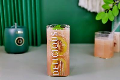 猕猴桃红柚梨汁