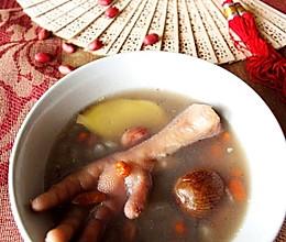 花生眉豆煲鸡脚的做法