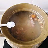 鲜土茯苓煲骨头的做法图解8