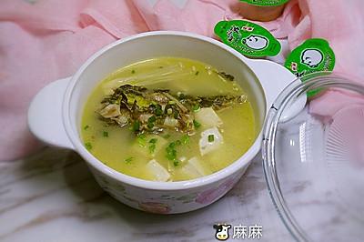 黄骨鱼豆腐配金针菇火锅