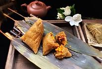 #甜粽VS咸粽,你是哪一党?#咸蛋黄肉粽的做法
