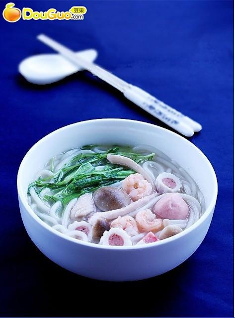 勾人米线:海鲜米线的做法