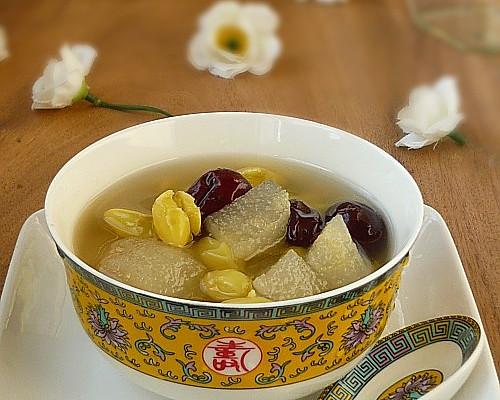 生梨红枣白果汤的做法