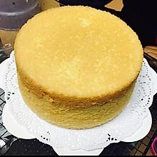 奶油蛋糕的戚风蛋糕坯