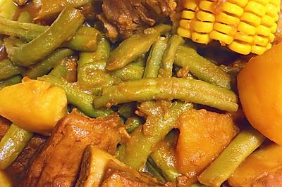 芸豆玉米土豆炖排骨