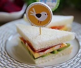 牛油果鸡蛋三明治——补脑益智#百吉福芝士面包#的做法