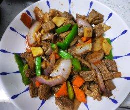 #换着花样吃早餐#青椒牛肉的做法