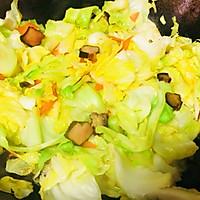 家常炒圆白菜的做法图解6