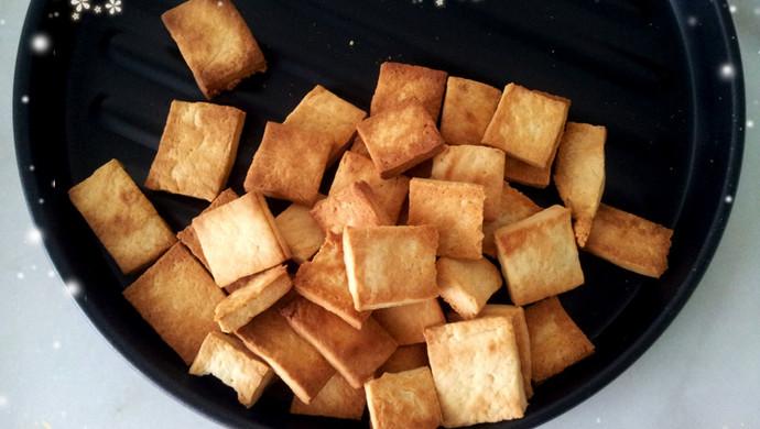 奶香方块饼干
