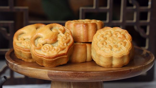 斑斓椰蓉和抹茶红豆馅月饼的做法