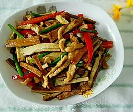韭菜花香干炒肉丝的做法