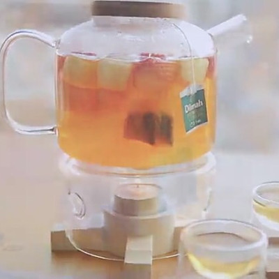 暖心草莓水果茶