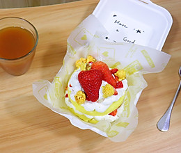 草莓便当蛋糕,像礼物一样~的做法