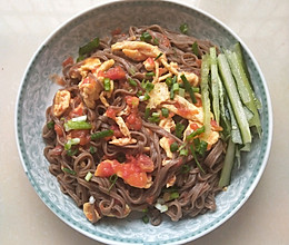 #吃货打卡季#快手茄汁荞麦拌面的做法