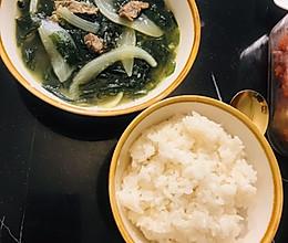 韩式牛肉海带汤的做法