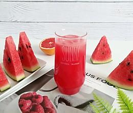 西瓜红柚果饮的做法