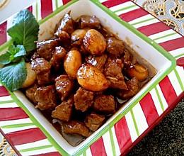 蒜头黑椒牛肉粒的做法