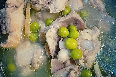 滋补好喝|豌豆香菇炖鸡汤