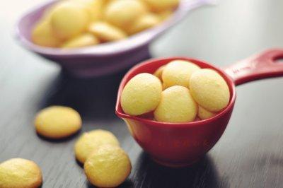 孩子们的小零食——蛋黄饼干