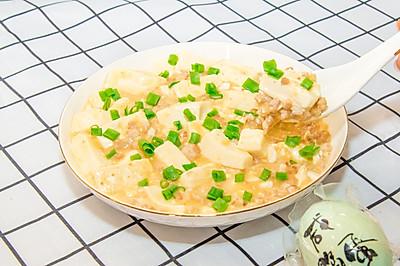 金沙豆腐,不用盐糖酱醋,一颗咸鸭蛋就够