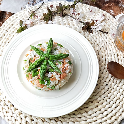 芦笋三文鱼拌饭(营养爆表)