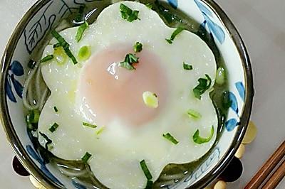 煎蛋鸭汤面